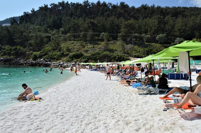Thasos plaja de marmura